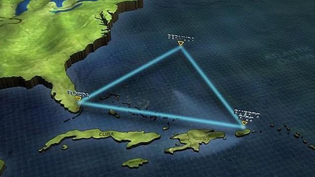 """Tranh cãi về """"kim tự tháp"""" ở tam giác quỷ Bermuda"""