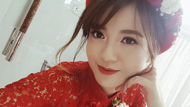 Hot girl Tú Linh M.U xinh đẹp rạng rỡ trong lễ ăn hỏi