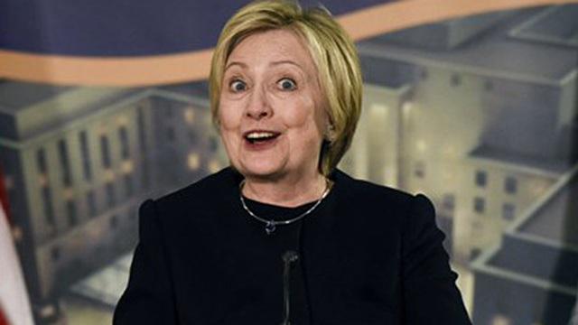 Ông Trump đề nghị điều tra mối quan hệ giữa bà Hillary với Nga