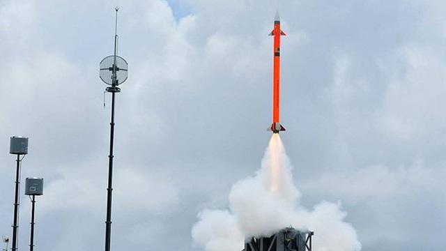 Ấn Độ thử nghiệm thành công tên lửa đất đối không tầm trung