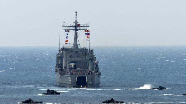 Quan chức Mỹ nóng lòng bán vũ khí cho Đài Loan