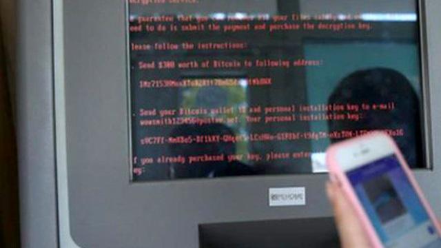 Máy tính chính phủ Ukraine sập vì vụ tấn công mạng toàn cầu mới