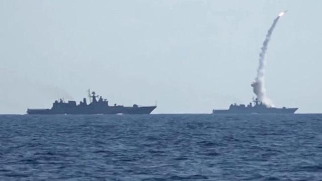 Hai tháng dồn dập tấn công IS, Nga giúp Syria giải phóng 20.000 km2 lãnh thổ