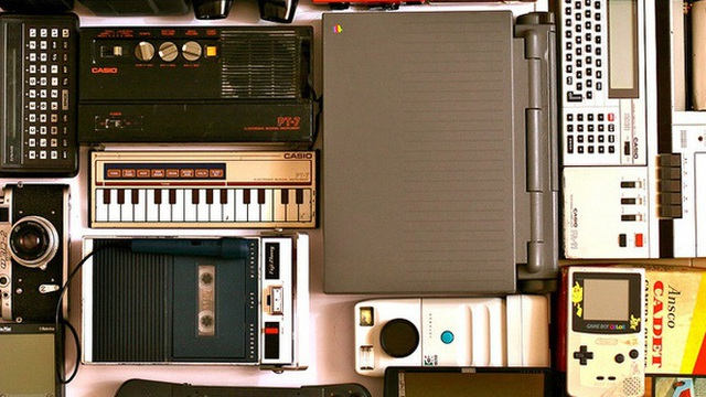Những món đồ công nghệ nào gây bão trong những năm 90, tuy nhiên ngày nay không còn ai sử dụng nữa?