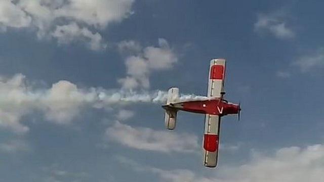 Rơi máy bay ở triển lãm hàng không ở Nga, 2 phi công thiệt mạng