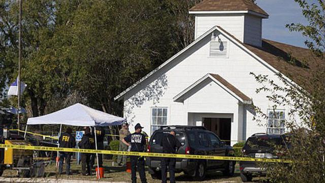 Những người hùng ngăn chặn kẻ xả súng kinh hoàng ở Texas khiến 26 người chết