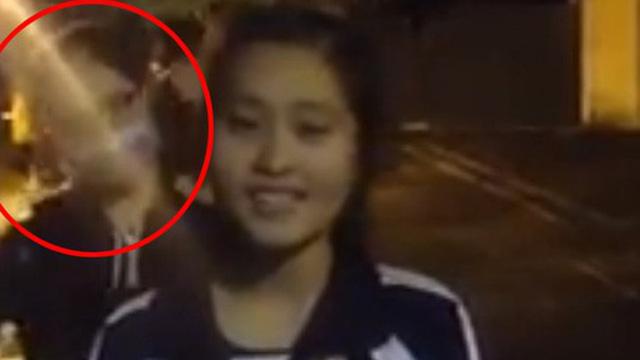Nữ sinh quay clip khoe giọng hát, nhưng bạn thân múa phụ hoạ 4s mới là người được chú ý
