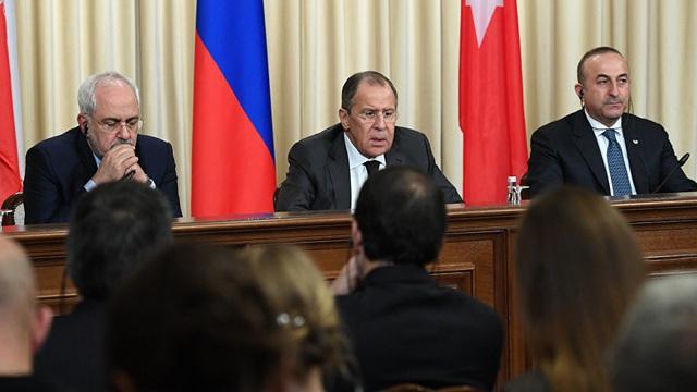 Liên minh Nga, Thổ, Iran quyết truy tận gốc vũ khí hoá học Syria