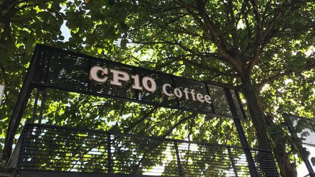 Cận cảnh quán cafe mới khai trương của Công Phượng