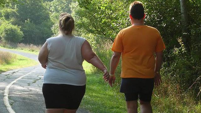 Yêu nhau gần 2 năm, chàng trai bỗng dưng không thể chấp nhận được thân hình quá khổ của bạn gái