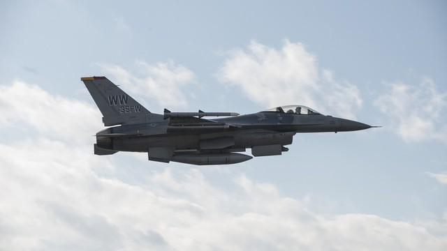 Lập kỷ lục, F-16 phá vỡ mọi giới hạn, khiến tiêm kích Nga, Trung Quốc ngả mũ kính nể