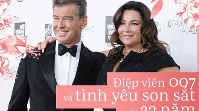 """Sau nỗi đau mất vợ con, tài tử """"Điệp viên 007"""" tìm được tình yêu mới và họ yêu nhau suốt 23 năm dù cô ấy béo, xấu thế nào"""