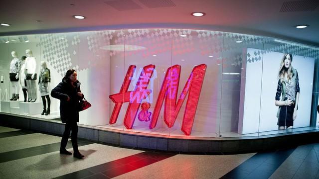 Cổ phiếu H&M xuống đáy 16 năm vì Zara