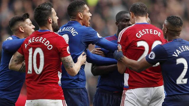 Mourinho nói gì khiến Middlesbrough và Man United lao vào ẩu đả với nhau?