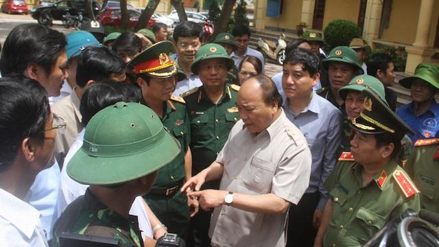 Thủ tướng chỉ đạo Nghệ An phối hợp lực lượng giúp dân để cuộc sống trở lại bình yên sau bão