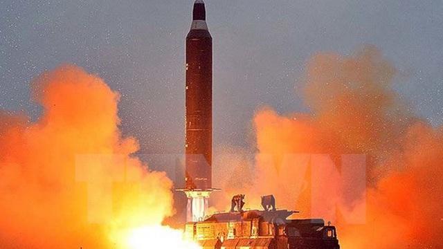 """Lầu Năm Góc: Mỹ """"không nhất thiết"""" phải bắn hạ tên lửa Triều Tiên"""