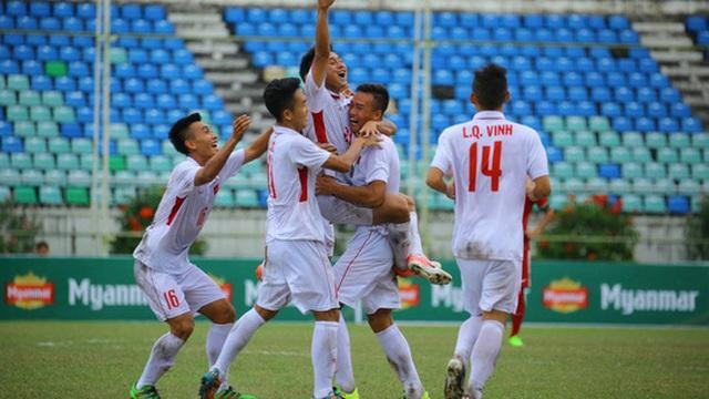 """""""Cầm vàng"""" quá sớm, U18 Việt Nam nối gót đàn anh cúi mặt rời sân chơi khu vực"""