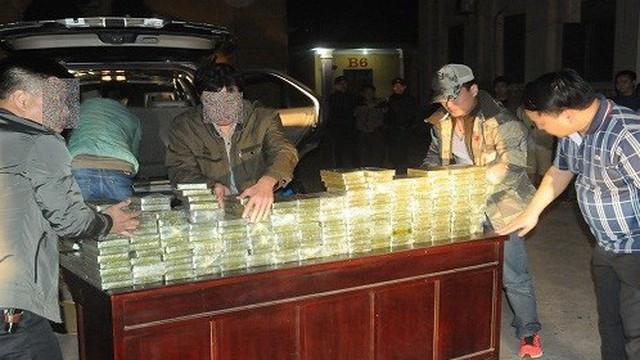 Tiêu hủy 300 bánh heroin vụ Vàng A Cáng