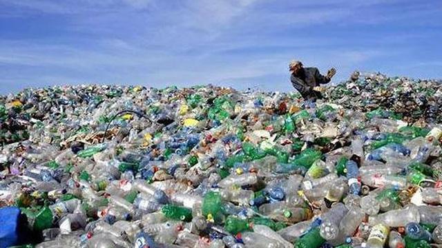 Lượng rác thải nhựa mỗi năm đủ bao quanh... 4 vòng Trái đất