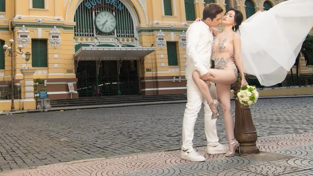 Sĩ Thanh chính thức lên tiếng xin lỗi về bộ ảnh cưới phản cảm, thừa nhận chỉ là chiến dịch quảng cáo