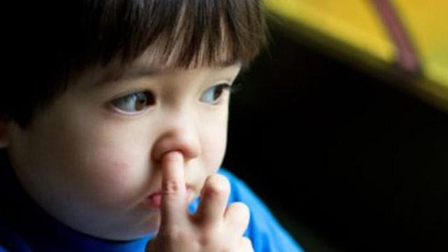 Thói quen xấu dẫn đến viêm phổi không chỉ trẻ em mà người lớn cũng mắc