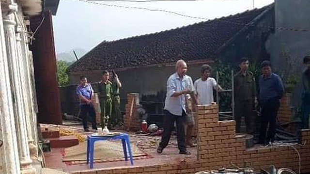 Vụ sát hại mẹ nuôi ở Hòa Bình: Hàng xóm nghe tiếng la hét, chỉ nghĩ nghi phạm tái phát bệnh