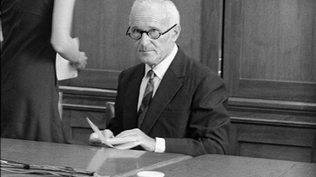 """Sidney Gottlieb – """"Phù thủy đen"""" của CIA"""