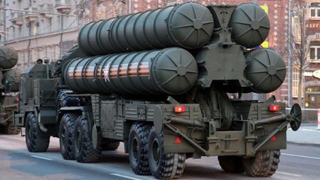 """S-500 của Nga: """"Vũ khí chết chóc"""" nhất thế giới sắp được sản xuất hàng loạt"""