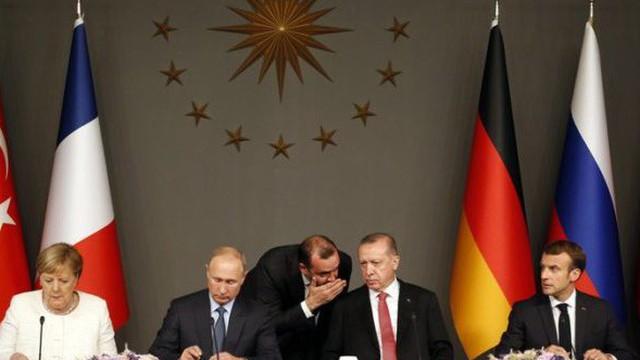 Ván cờ mới của Nga ở Syria: Buộc châu Âu chi tiền, xua đuổi người Mỹ về nước?