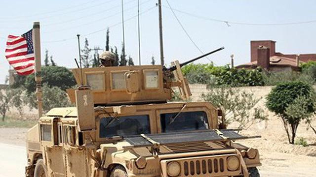 """Cựu Bộ trưởng Mỹ: Mỹ không """"dọa"""" được Nga, Iran với 2.000 quân ở Syria"""