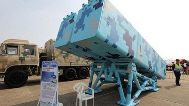 """Trung Quốc lần đầu khoe 2 vũ khí """"tối mật"""" đang có mặt ở Biển Đông và Hoa Đông"""