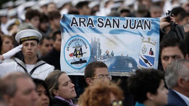 """Cùng được một công ty tìm kiếm, tàu ngầm Argentina """"may mắn"""" hơn MH370"""