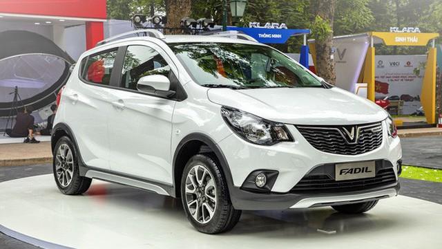 So sánh giá ô tô Việt Nam với ô tô Mỹ có hợp lý? Chevrolet Spark mà đánh thuế kiểu Việt Nam thì còn đắt hơn VinFast Fadil 50 triệu
