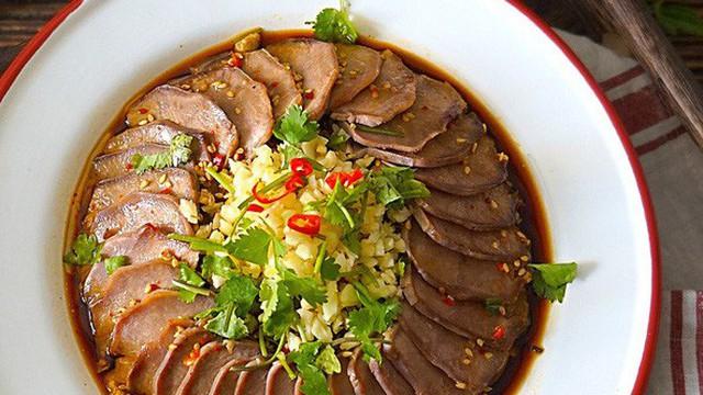 Cách luộc lưỡi heo ngon giòn không dai theo bí quyết của đầu bếp Trung Hoa