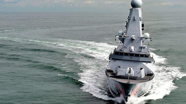 """Bảo vệ Ukraine, Đô đốc Anh đòi điều khu trục hạm thách thức Nga: Mạo hiểm """"vuốt râu hùm""""?"""