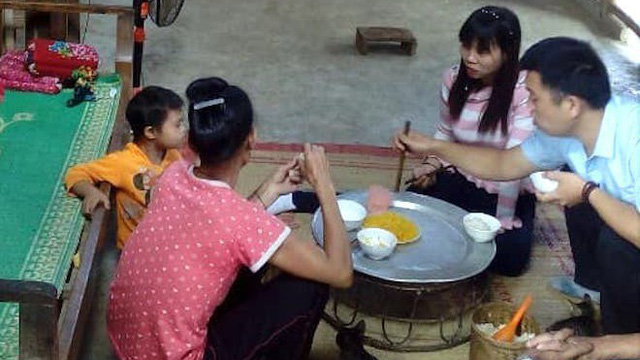 Thiếu nữ 20 tuổi trở về nhà trước sự ngỡ ngàng của người thân sau 7 năm mất tích