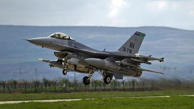 Đằng sau thương vụ vũ khí lớn nhất lịch sử Slovakia