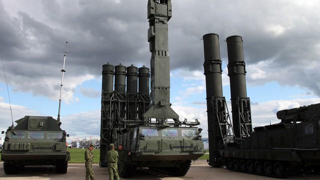 """Nga """"âm thầm"""" đưa hệ thống S-300 đến gần lực lượng của Mỹ ở Syria"""
