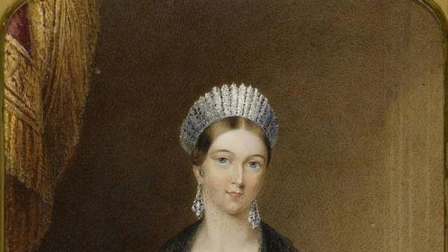 Điều chưa biết về Nữ hoàng Victoria (P4): Hay nằm sấp khi ngủ
