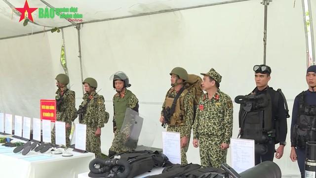 Áo giáp và ba lô thế hệ mới của Đặc công Việt Nam: Rất độc đáo