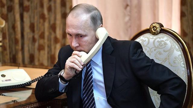 """Không chịu trả lời điện thoại, ông Putin khéo léo thoát khỏi """"bẫy"""" của TT Poroshenko"""