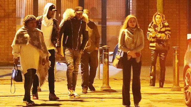 Paul Pogba làm gì giữa tin đồn mâu thuẫn ở Man United, có thể tới Real?