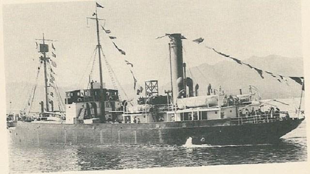"""Bí ẩn """"con tàu ma"""" lênh đênh trên biển hơn 3 thập kỷ không ai dám đến gần"""