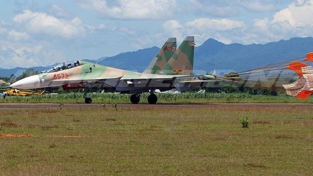 Chuyên gia Nga bình luận khả năng trang bị hệ thống tác chiến điện tử Khibiny cho Su-30MK2