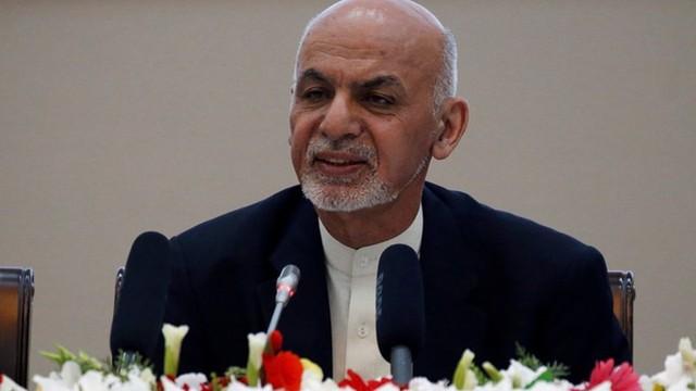 """Afghanistan """"xuống hết nước"""" với Taliban để chấm dứt chiến tranh"""
