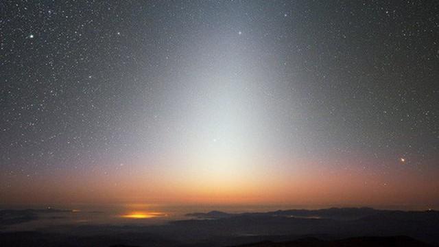 """Sau """"Siêu Trăng xanh máu"""", đây là những sự kiện thiên văn người Việt Nam xem được trong tháng 2"""