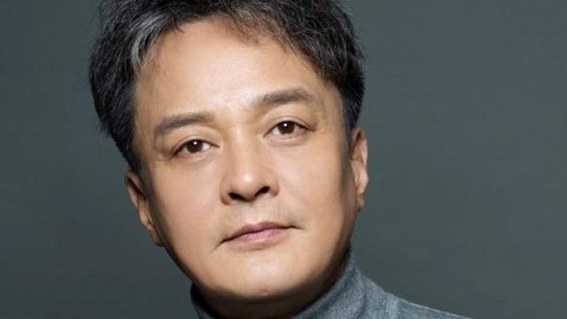 Nhiều nghệ sĩ không dám đến viếng Jo Min Ki, bạn thân của nam diễn viên đau đớn thốt lên: Các bạn sợ gì vậy?