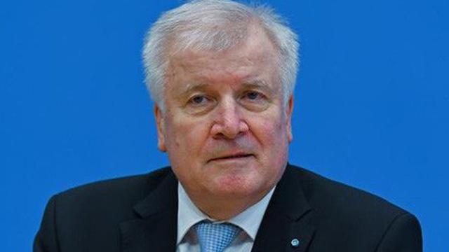 Tân bộ trưởng nội vụ Đức kêu gọi ngừng tự do đi lại trong khối EU
