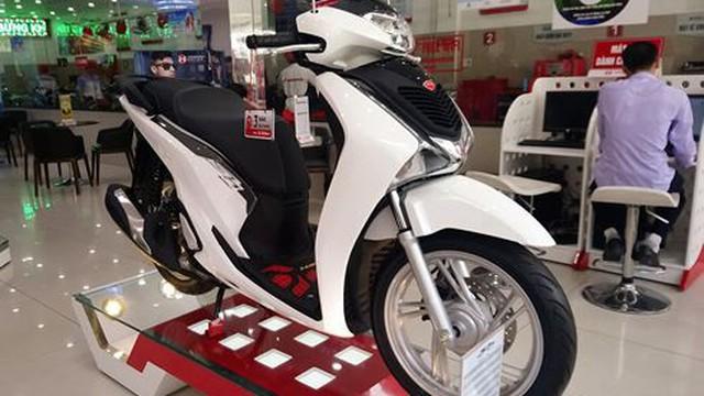 Honda SH giảm gần 10 triệu đồng sau thời gian tăng giá