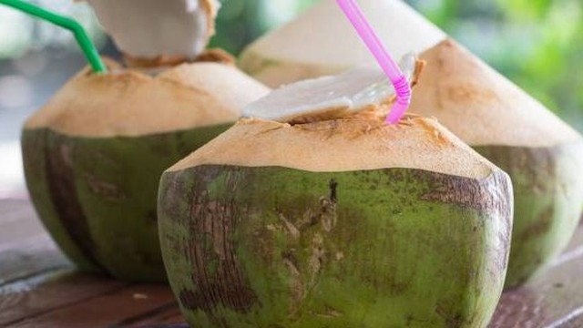 Người bệnh tiểu đường có được uống nước dừa?